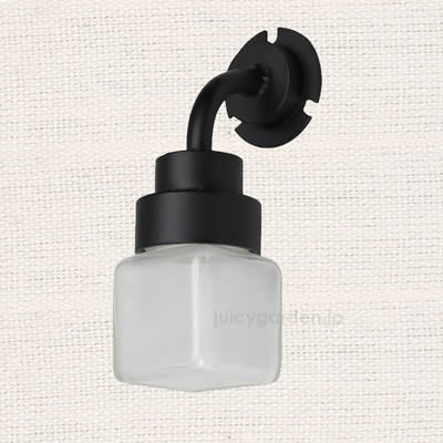 表札を照らす照明「小瓶のあかり 角」ジャムポットで可愛く作りました。