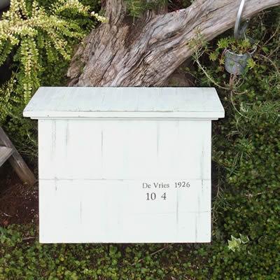 シャビーシックな木製郵便ポスト 「Souffle スフレ」 【取り付け工事対応商品:区分A】