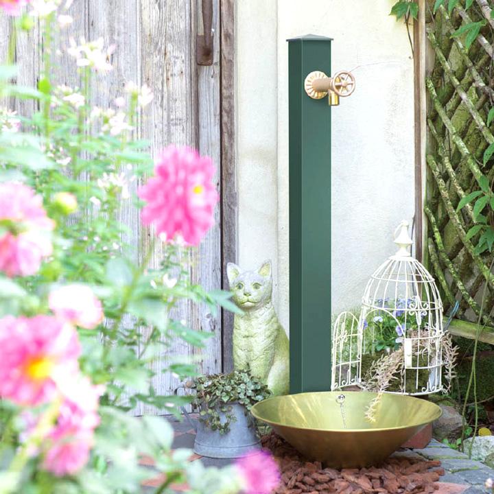 カラーアルミ立水栓 どんなお庭にもコーディネートでき、丈夫な日本製